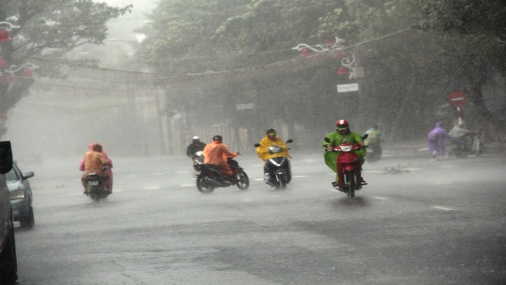 Bắc Bộ sắp đón mưa lớn, Trung Bộ tiếp tục nắng nóng trên 38 độ C